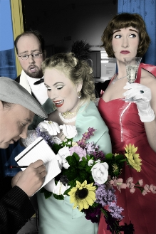 Silvester-Special: Der Tod trägt Petticoat!